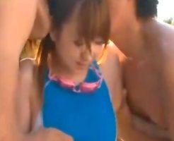 【奥村友真 南佳也 女性向け動画】プール指導のはずが!?水着姿のエロメン二人に囲まれて解放的なセックス☆