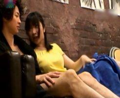 ヌードモデルを女子美大生が写生。興味津々になっておちんちんを触っているとムラムラしてきて…【ムータン】