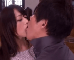 【貞松大輔】ハグして見つめ合ってキス。優しいボディタッチとキスから始まる、カップルみたいなラブラブ前戯 女性向け無料アダルト動画