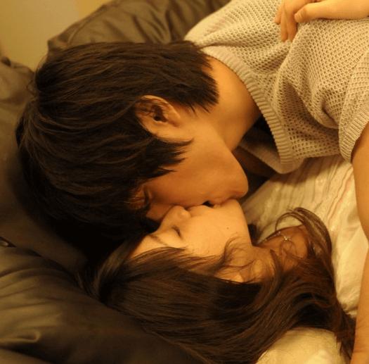 【エロメン 女性向け】一徹、有馬芳彦、月野帯人…人気イケメンと幸せいっぱいラブラブ写真!