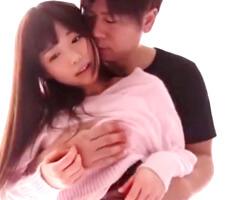 【小田切ジュン 女性向け】こんなに明るいところで恥ずかしい…けど、人気エロメンさんになら委ねられるカラダ。背中から胸を揉みしだかれて優しくてエロい愛撫に反応しちゃう、濃厚なセックスにキュンキュンしちゃう長編動画♡